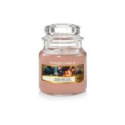 Yankee Candle Warm and cosy vonná svíčka malá 104 g